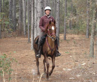 Tennessee Mahoney riding Dunedust